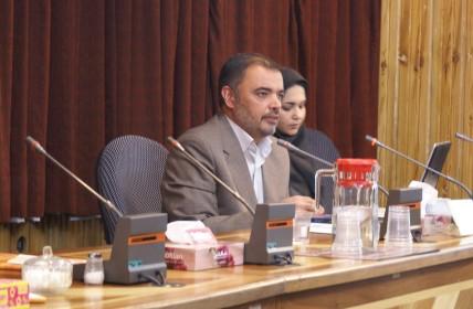 چالشها و راهکارهای اجرای دورههای یادگیری الکترونیکی در ایران