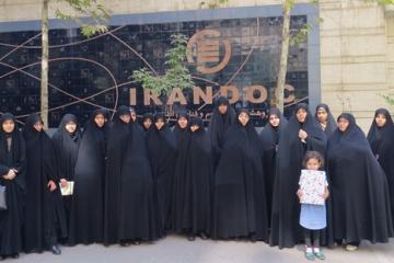طلاب و استادان مدرسه علمیه نجمه خاتون (س) از ایرانداک بازدید کردند