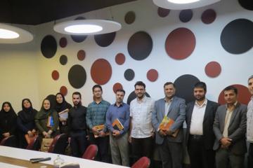 معاونین امور آموزش و پرورش عمومی و حرفهای سازمان برنامه و بودجه از ایرانداک بازدید کردند