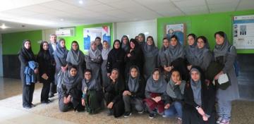 بازدید دانشآموزان دبیرستان فرزانگان از ایرانداک